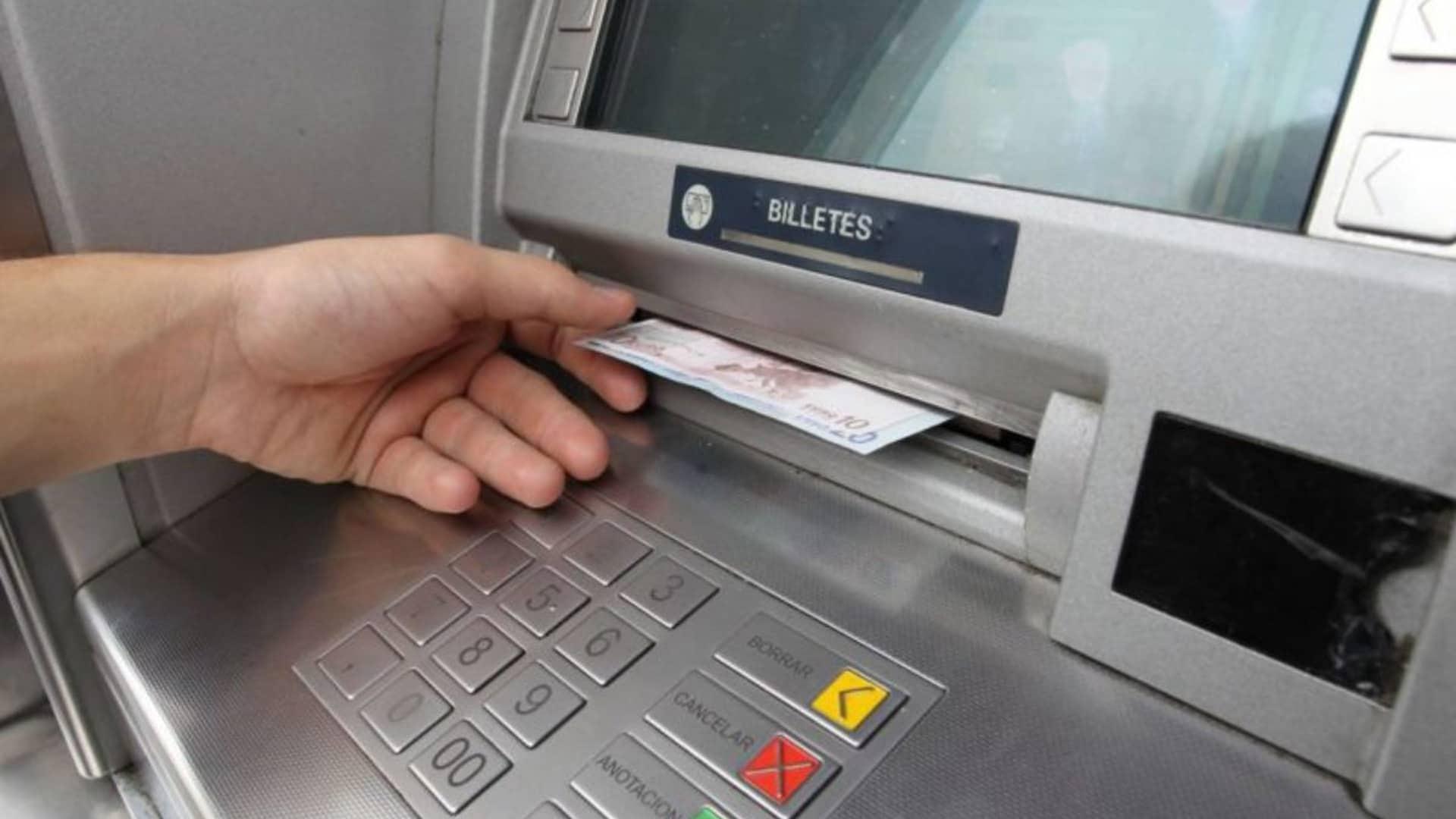 ¿Cómo funciona ABANCA Cash para sacar dinero sin tarjeta?