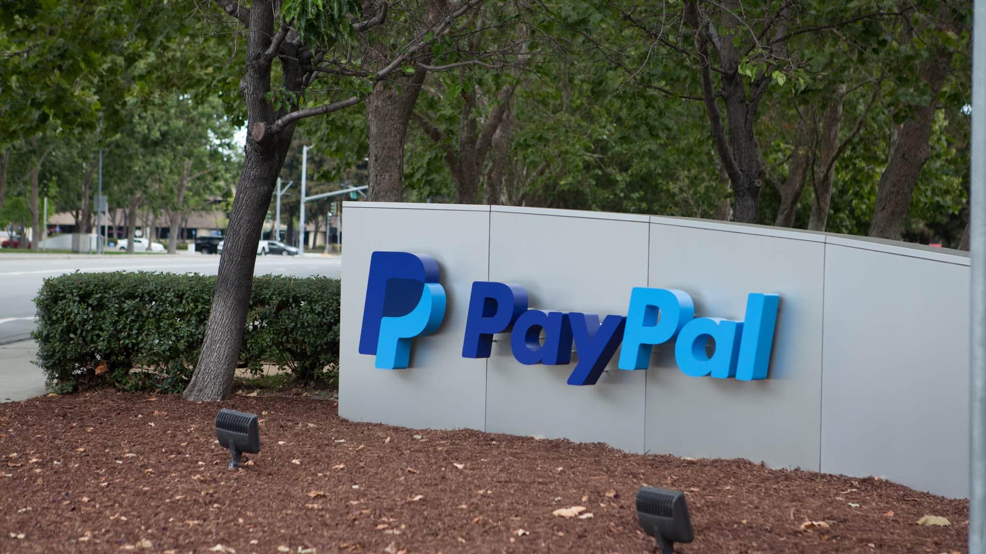 Comprar criptomonedas con PayPal y pagos en comercios