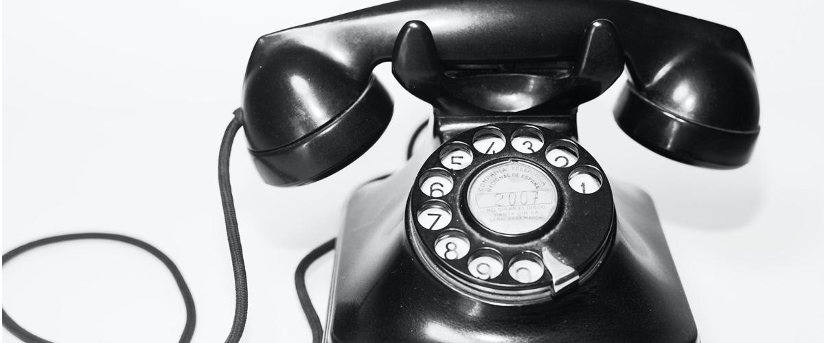 ¿Cuándo y cómo puedo llamar al teléfono de Pibank?