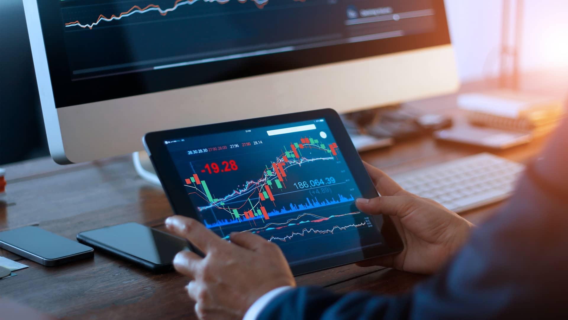 ¿Cuál es el mejor banco para invertir en bolsa?