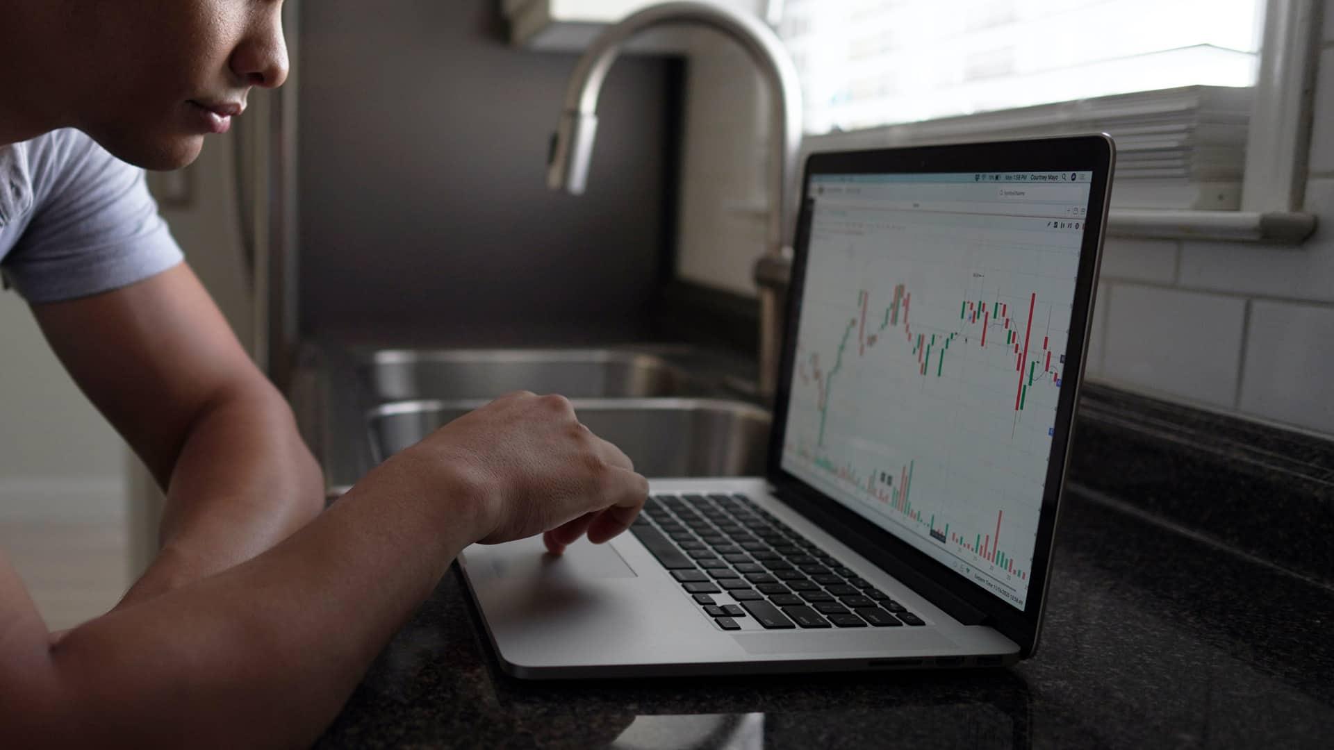 Broker Kutxabank: cómo funciona, comisiones y servicios