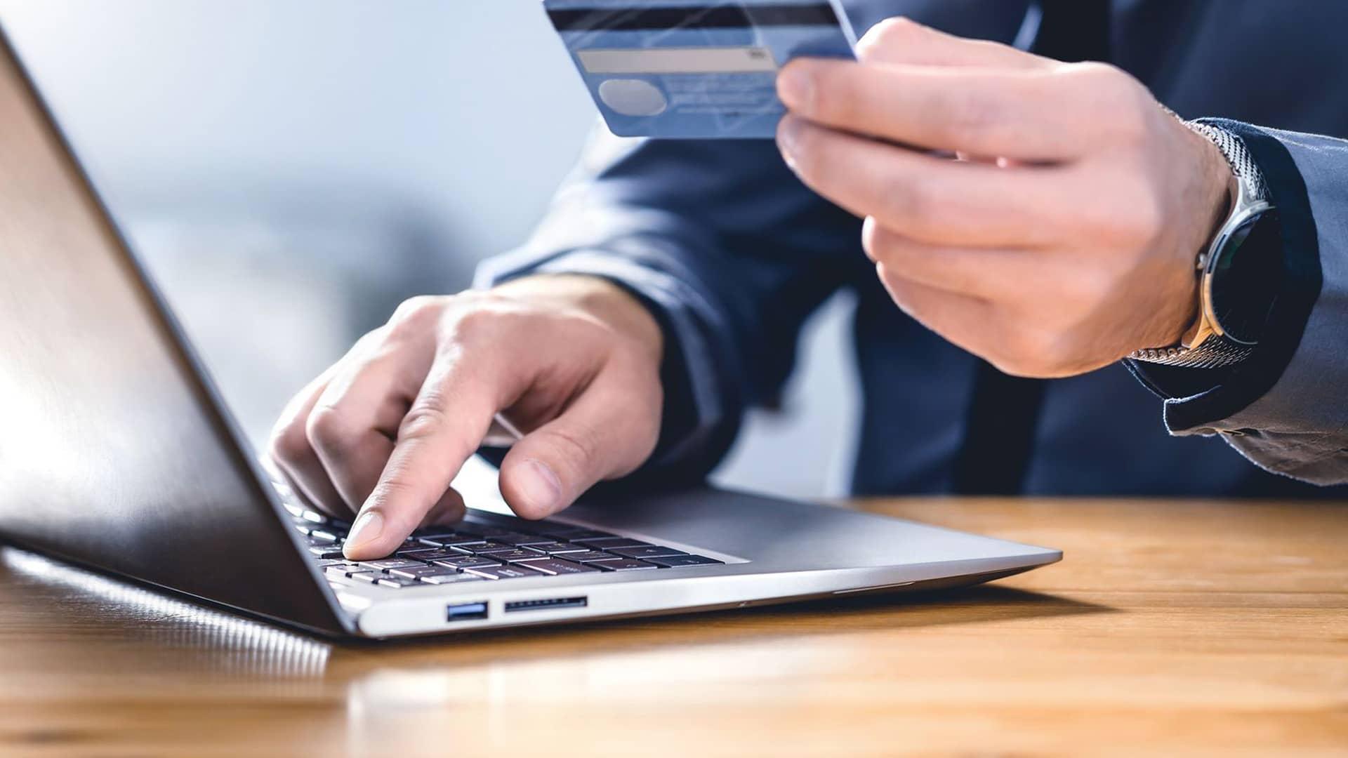 Transferencia Liberbank: cuánto tarda, límites, comisiones y anulación